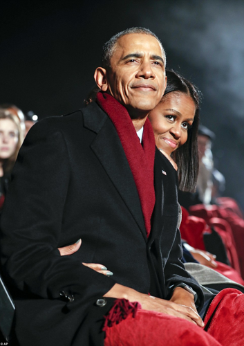 This is what a proper President and First Lady look like at a Christmas tree lighting. Itu0027s printed out and hangs above my desktop like a picture of the ...  sc 1 st  Talking Points Memo & Trump Lights National Christmas Tree For First Time Thursday ... azcodes.com